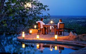 elsas-kopje-poolside-dining-with-views
